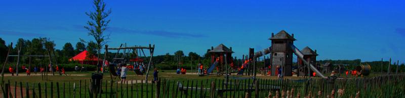 Kinderfeestje samen buitenspelen